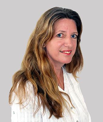 Linzi McGowan - Dentist Assistant