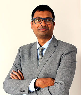 Dr Karthik Mohan - Dental Surgeon
